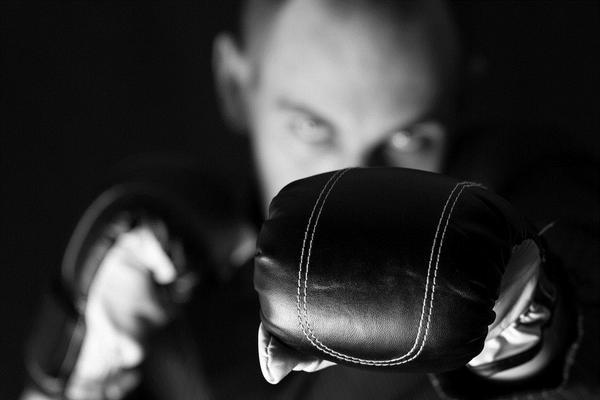 photodune-4927724-suit-boxing-s1_grande